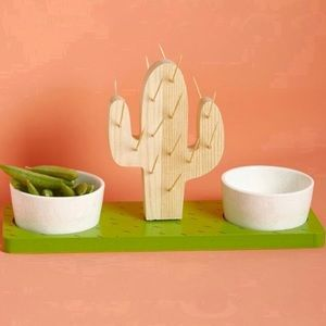 New In Bag Wood Cactus Serving Stand With Bowls